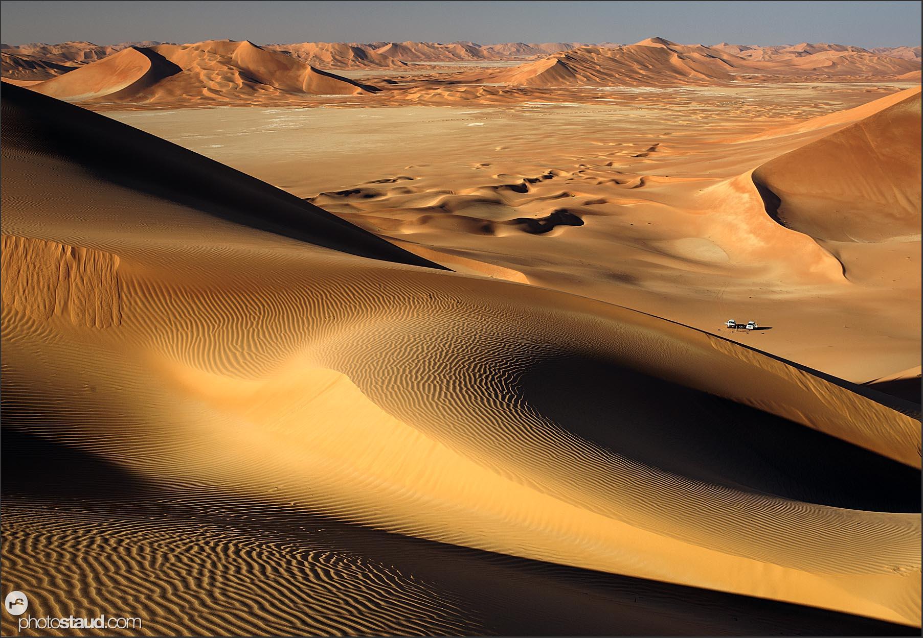 oman-landscape-rub-al-khali-desert-079.jpg