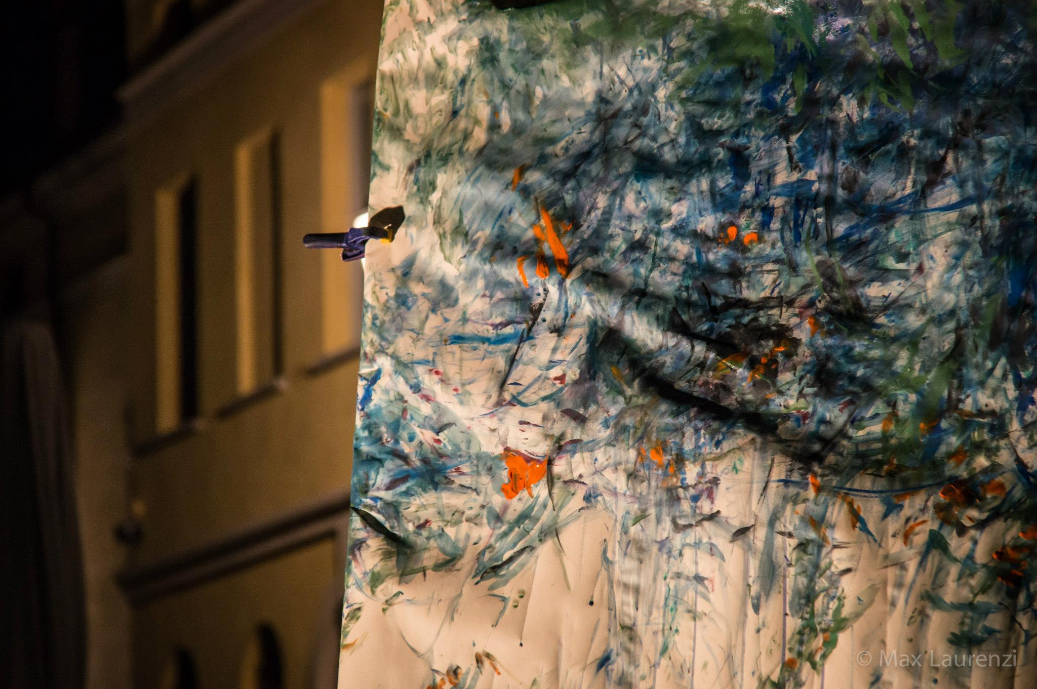 Detail photo from a performance by Federica Aiello Pini courtesy of Max Laurenzi