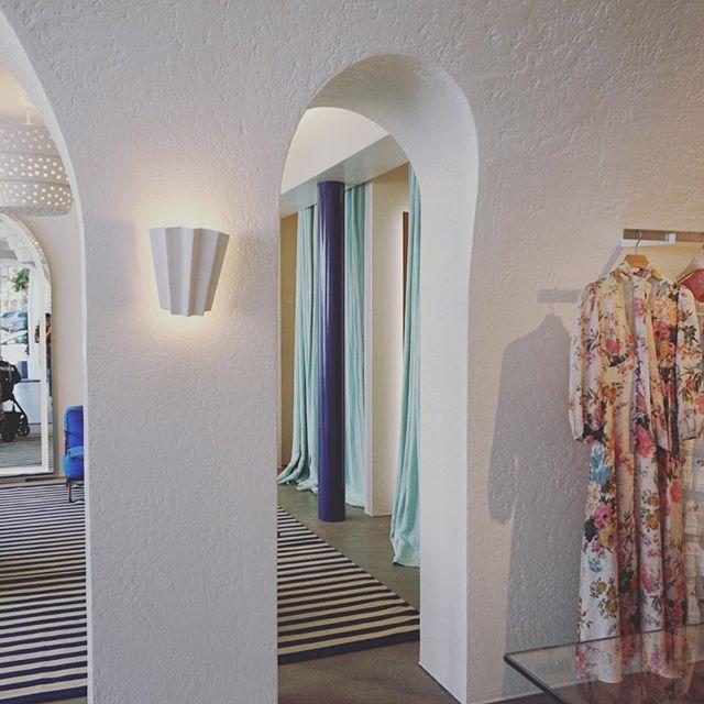 Shapes & Silhouettes 👗@zimmermann . . . . . . . . . #zimmerman#retaildesign#fashiondesign#interiordesign#fashionboutique#boutiquedesign#ladesign#losangelesdesign#La#pacificpalisades#interiordesigner#designinspiration#designinterni