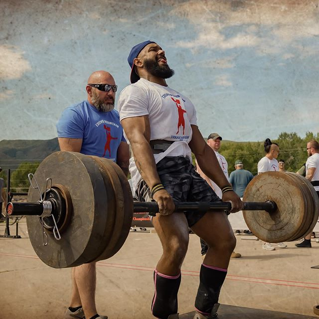 Crown Mountain Strongman Championship in Carbondale, Colorado. #strongman #powerlifting #crownmountainstrongman