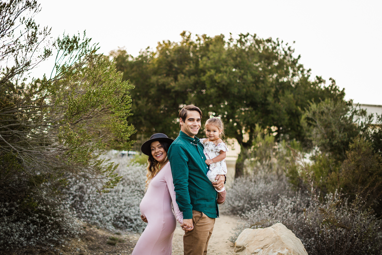 Santa_Barbara_Maternity_Photographer1.jpg