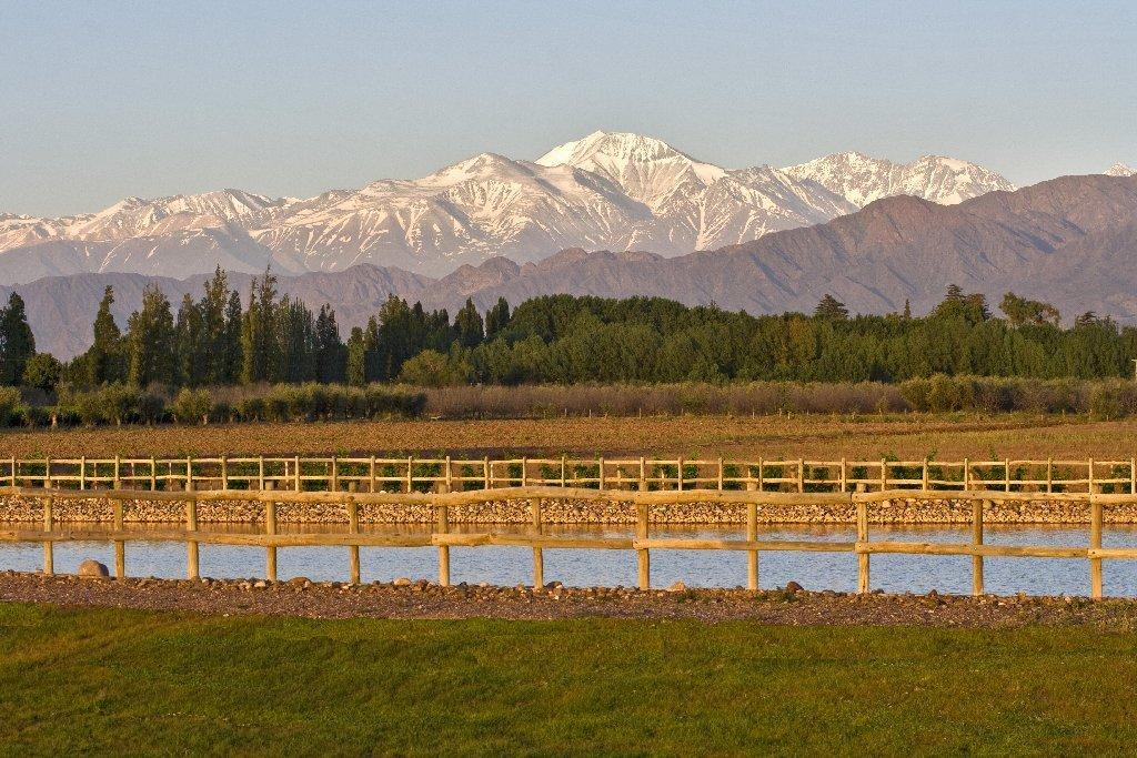 Reservoir & the Andes.jpg