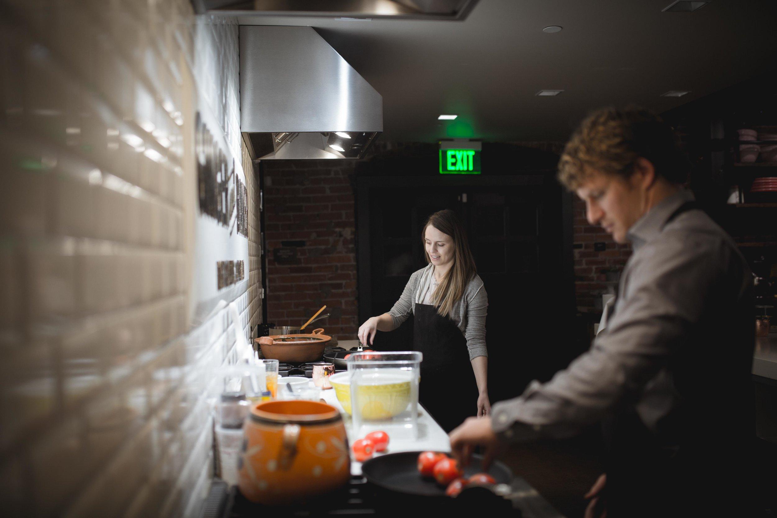 GingerandBaker-JuliyJuan-CookingClass-Feb28-43.jpg