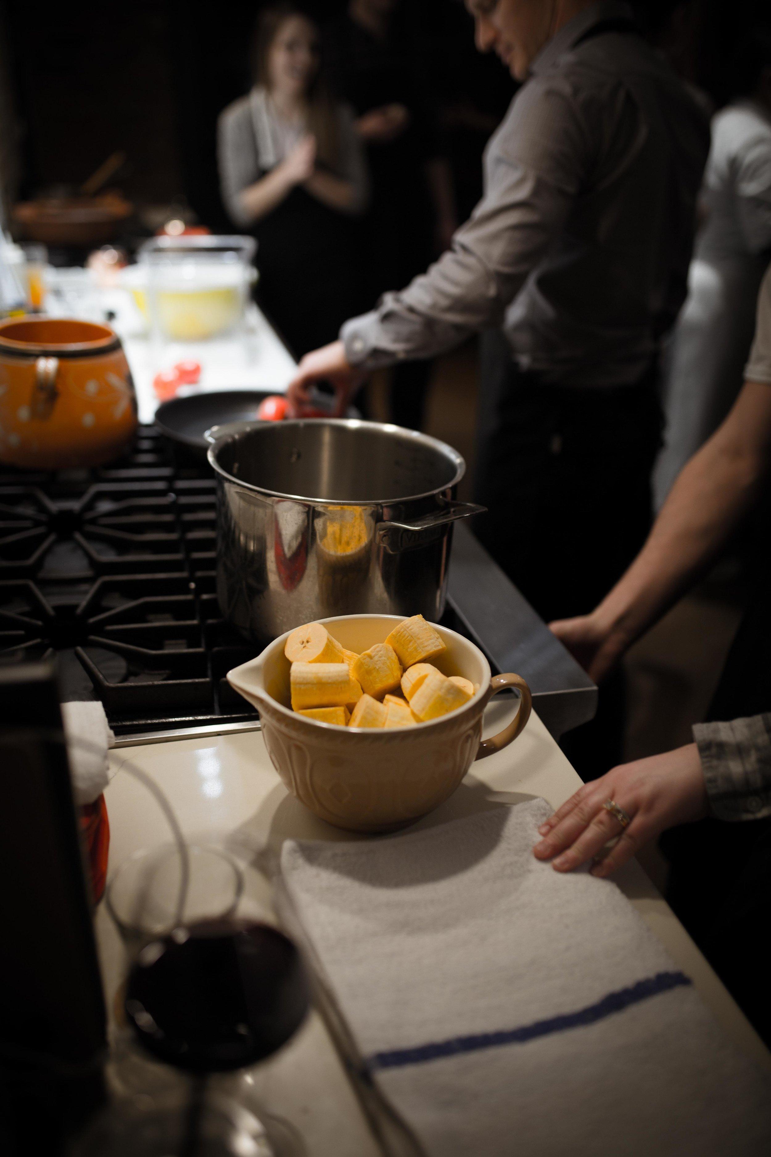GingerandBaker-JuliyJuan-CookingClass-Feb28-44.jpg