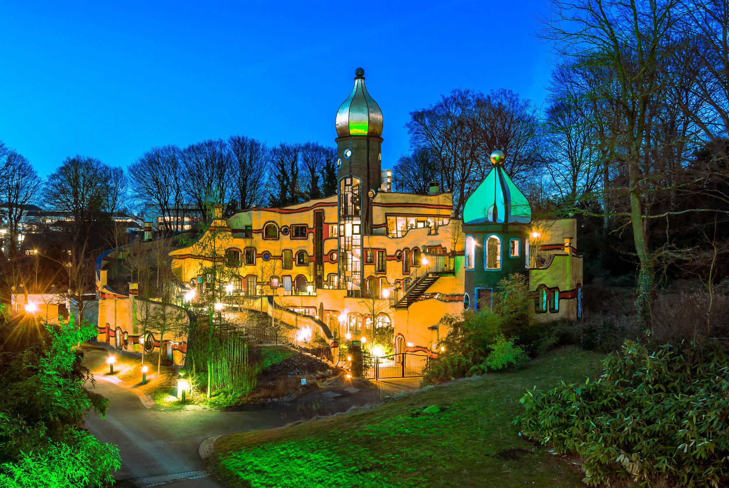 Hundertwasserhaus, Essen /Friedensreich Hundertwasser / Architekturbüro Springmann /  Foto: Georg Sehrbrock; Die Lichtreporter