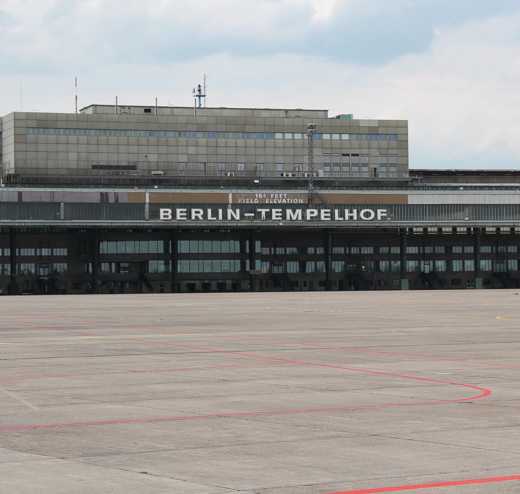 Ehem. Flughafen Tempelhof, Berlin /BREAD & butter GmbH, Berlin