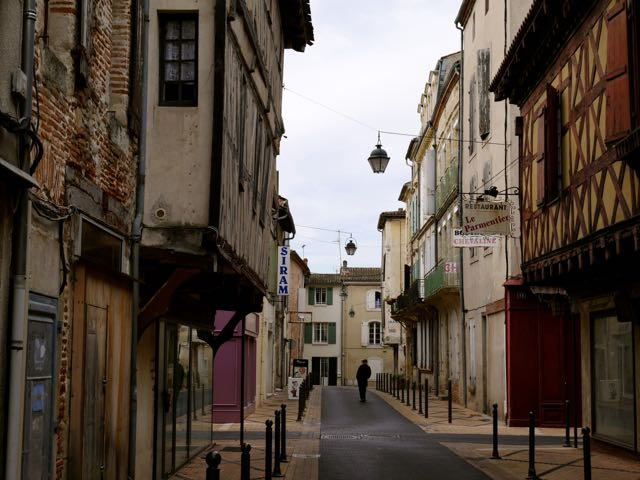 The Bastide, walking to the shops in the centre