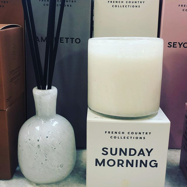 A fragrance that gives itself to the pleasures of Sunday morning.... Lychee , Champagne, Raspberry and Rose. Mmmm. Www.romantique.co.nz.