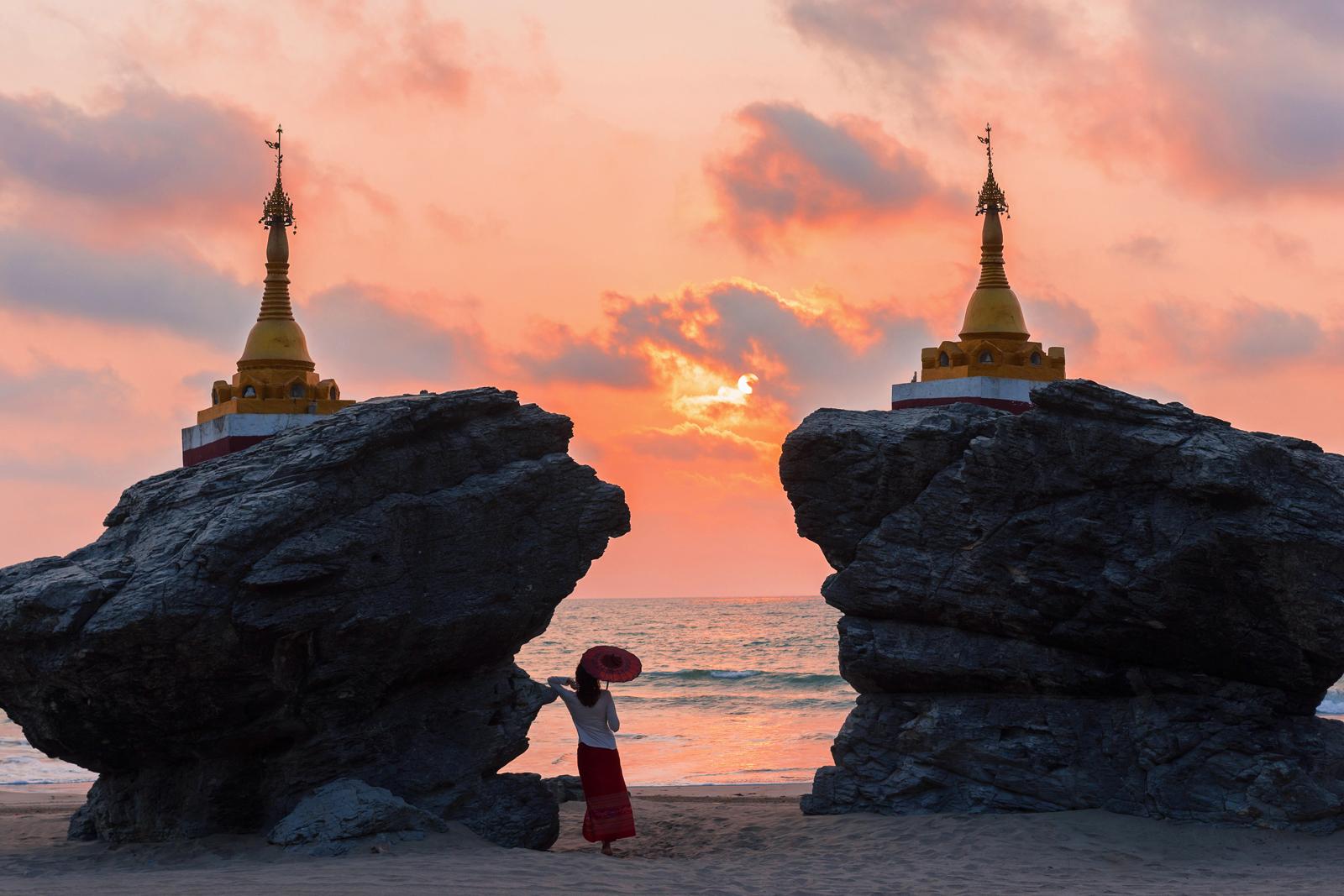 ngwe-saung-beach-myanmar-car-rental-5.jpg