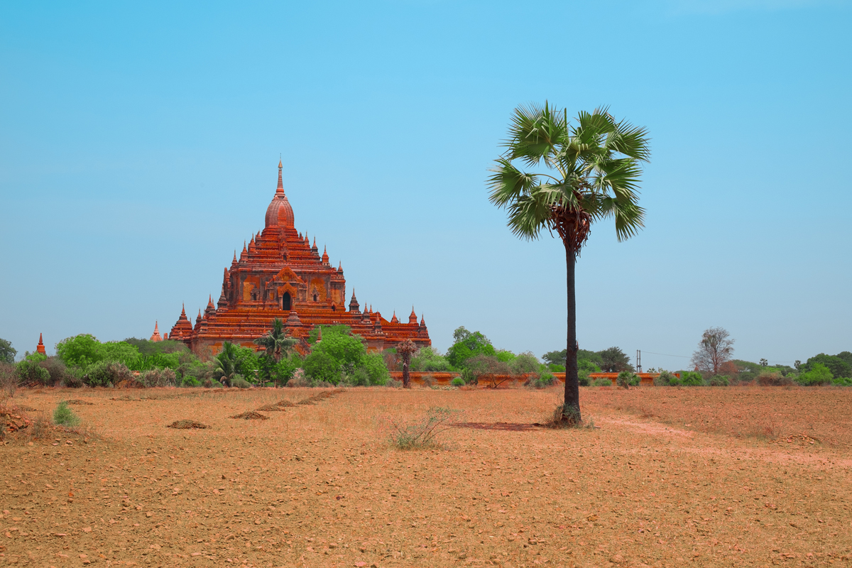 Myinkaba-pagoda-in-Bagan-Myanmar.jpg