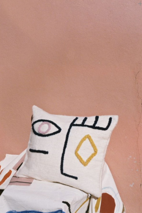 LRNCE cushion  - 65€