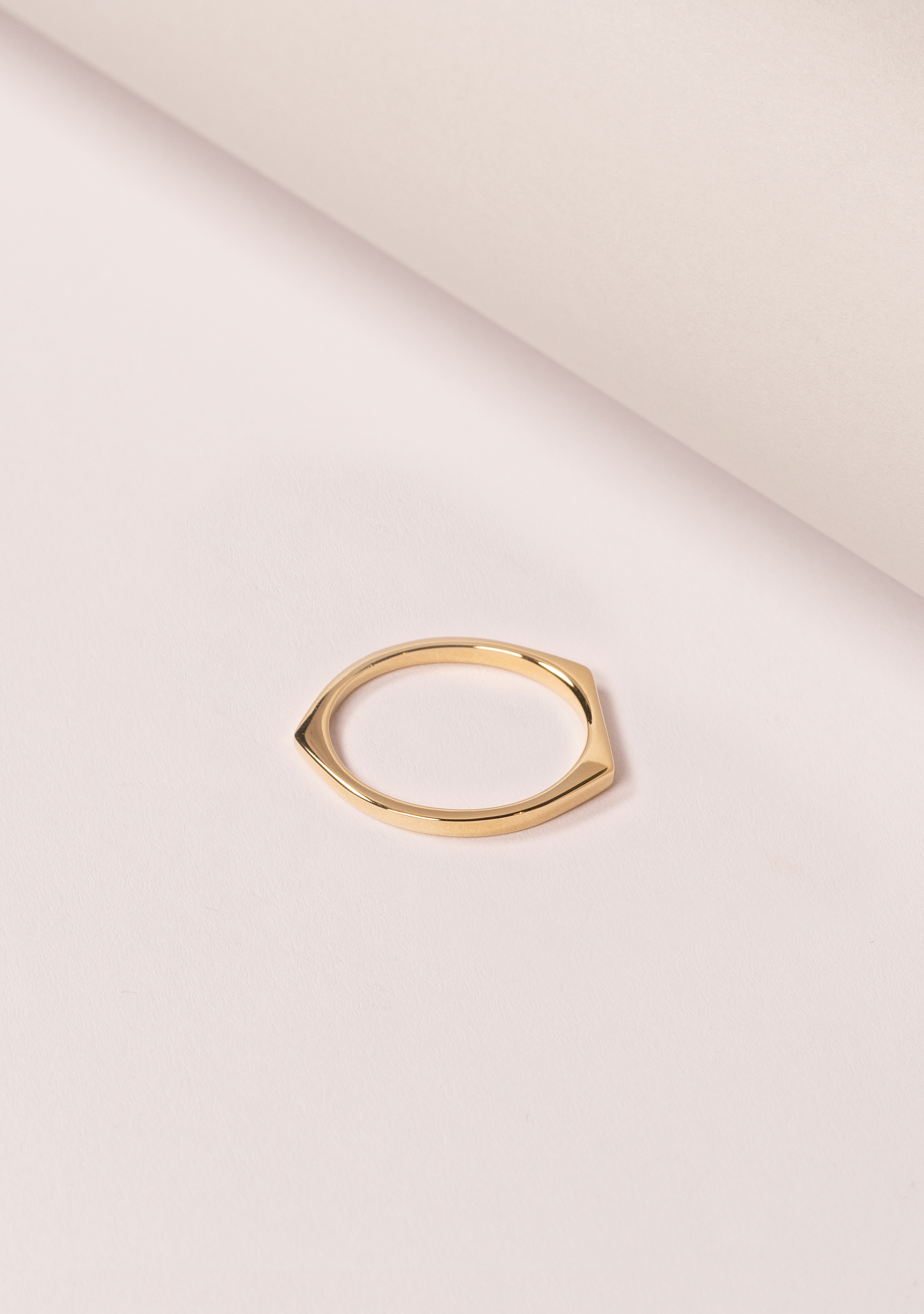 Matthew Calvin Alt Ring, £50
