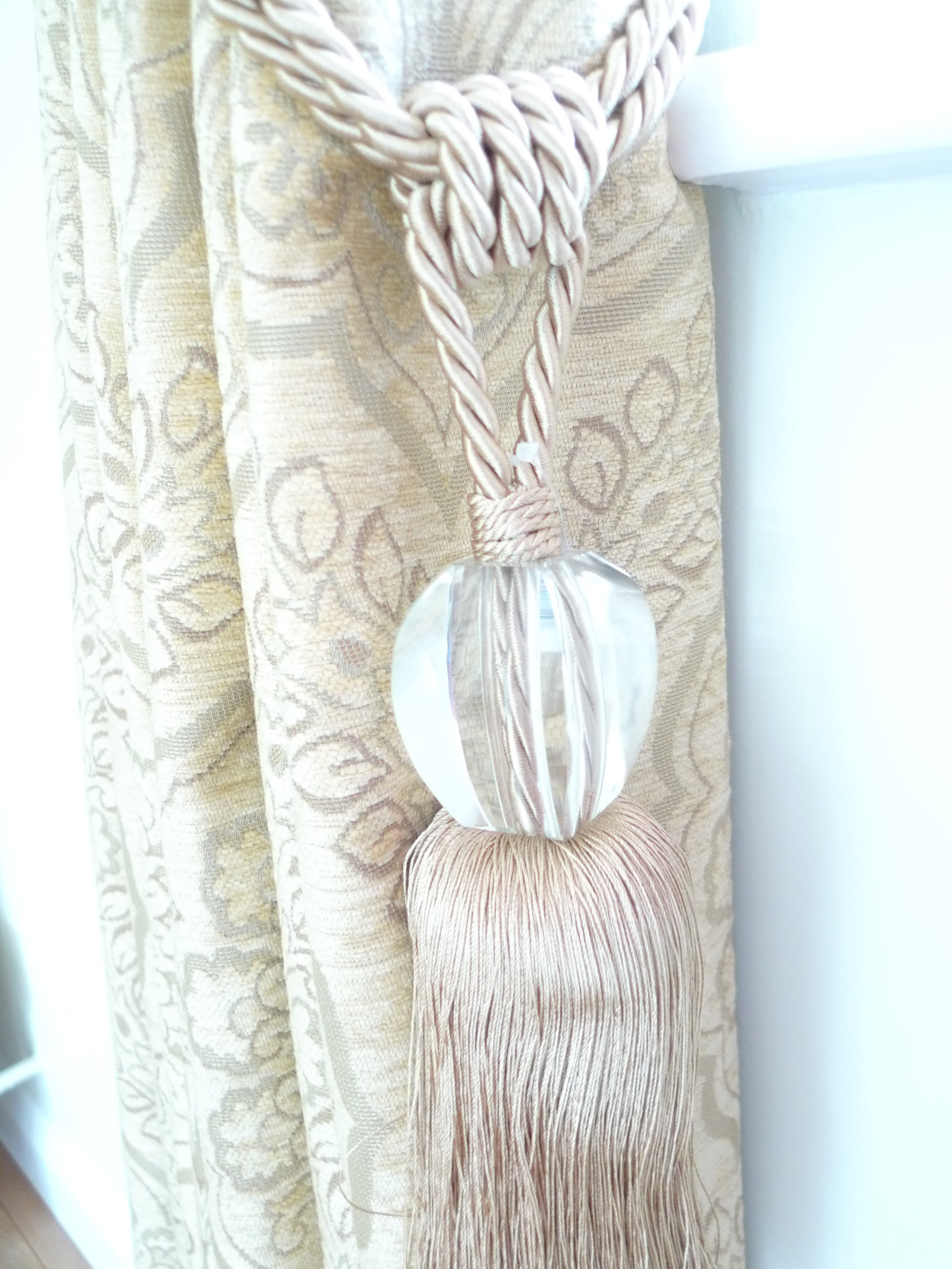 curtains tie backs