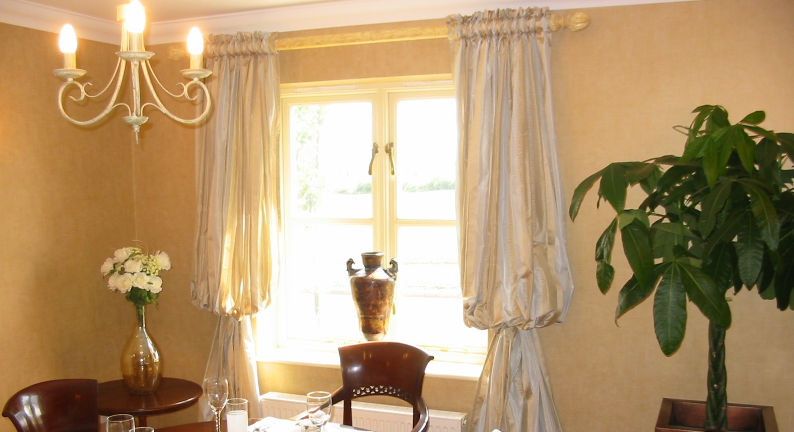 silky style curtains for dining area