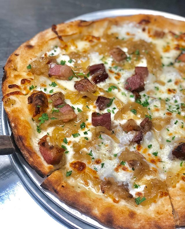 This pizza stole a pizza my heart❤️😍 Shown in photo: FRENCHY PIE- Fresh Mozzarella, Caramelized Onions, Bacon Lardons • • • • • • • • #baysideeats #baysidequeens #baysidefoodie #queens #queenseats #bayterrace #nyceats #nyfoodie #food #foodporn #pizza #pizzaislife #pizzaria #pizzalover #foodaholic #italian #yummy #ttpizza #pizzatography #pizzaparty #pizzanight #pizzatoday #eater #yummy #foodiegram #foodaholic #bacon #onions #cheese #fontina #cheeselover