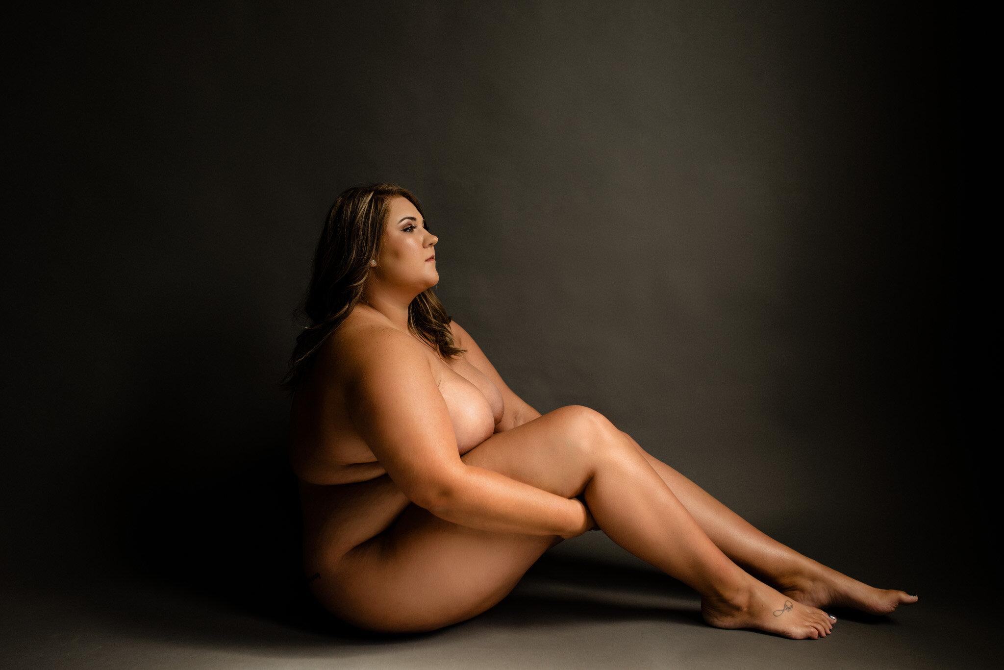 nashville-boudoir-curvy-model-13.jpg
