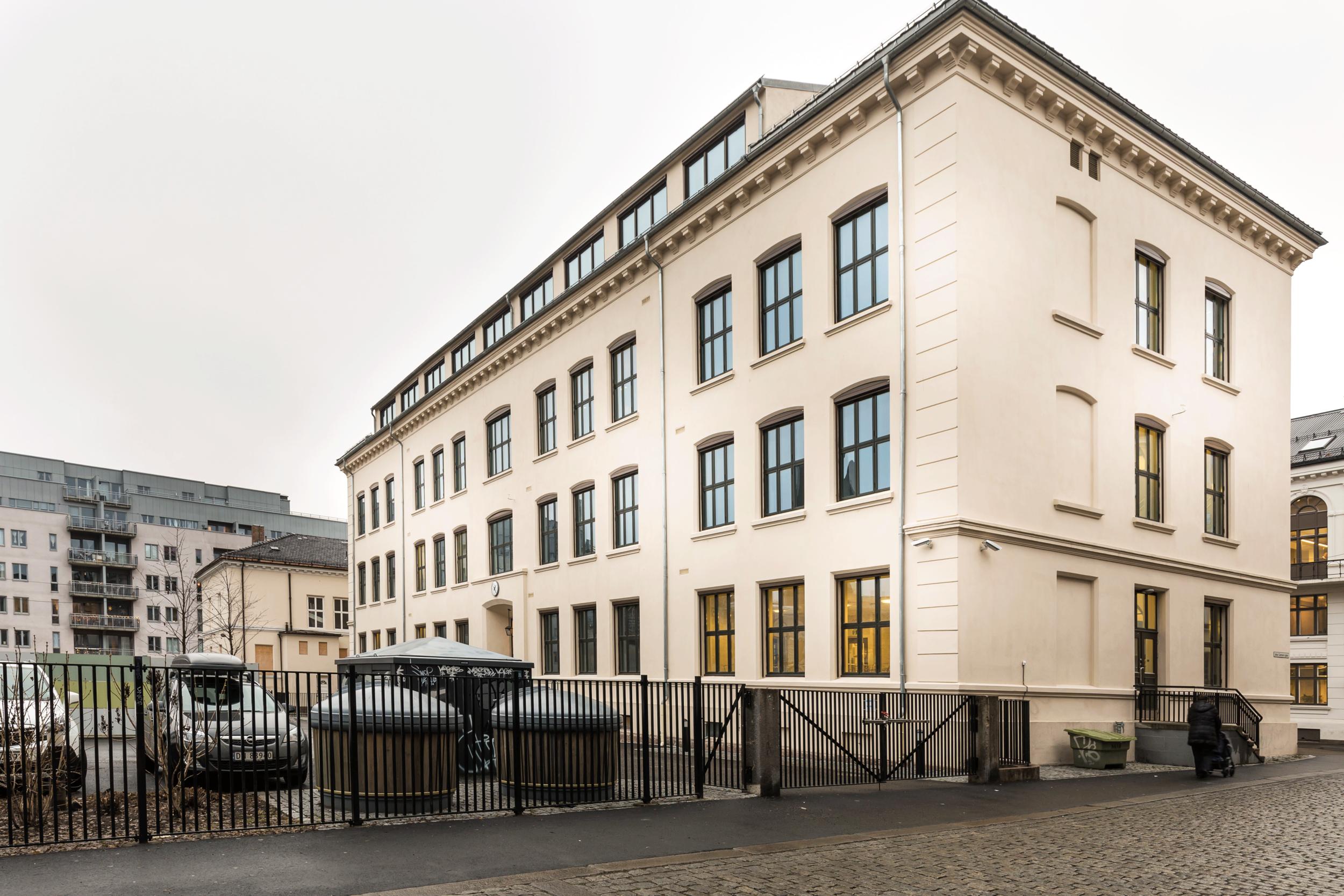 Osterhaus-Gate-22