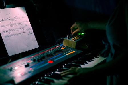 mind-on-fire-new-music-baltimore-elori-kramer-blue-distance-andrew-mangum_DSC3642.jpg