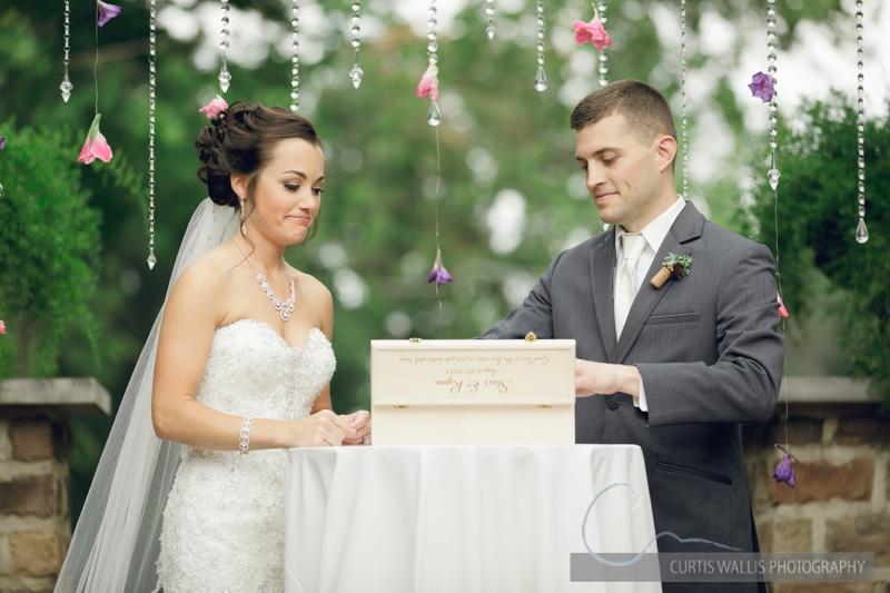 thumb_Wedding_photographer-3747_1024.jpg
