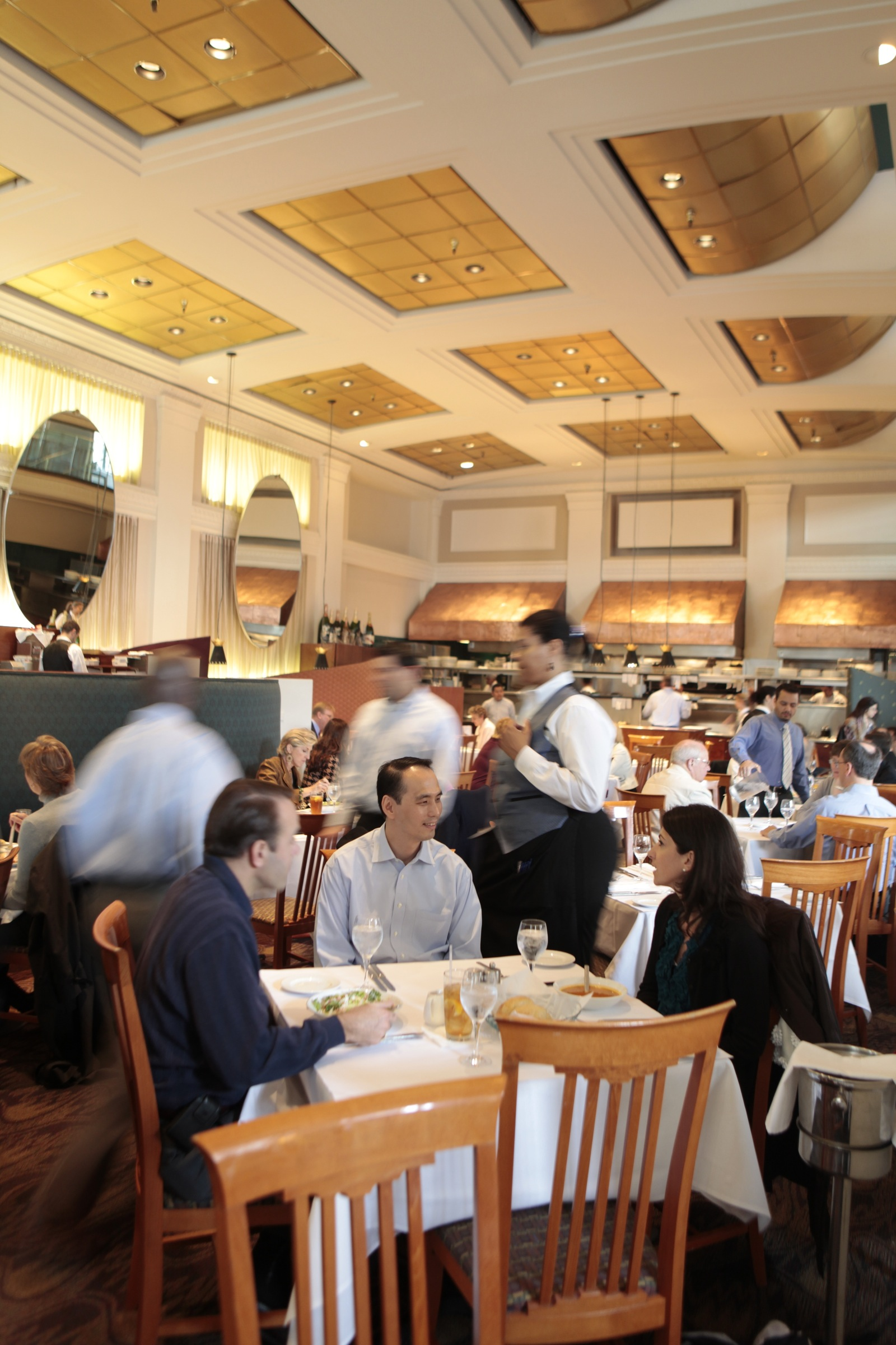 DC Coast Bustling Dining Room