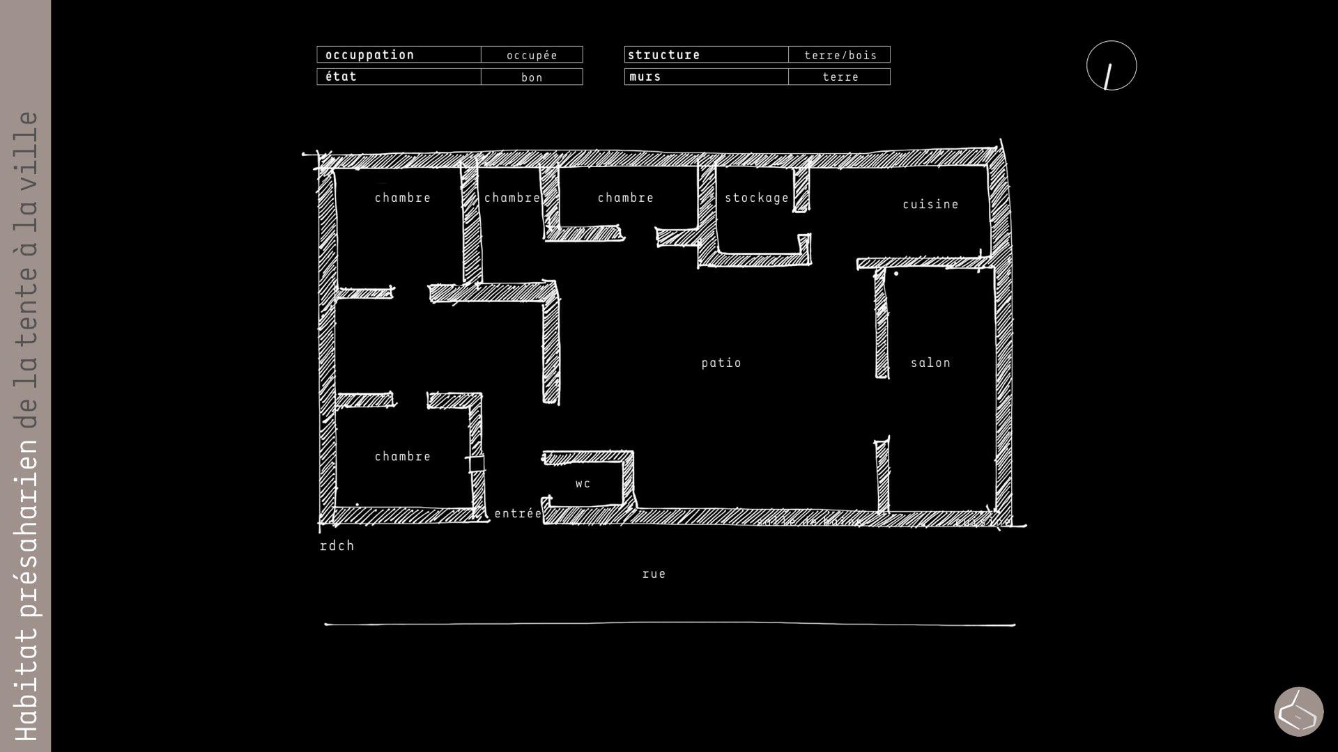 27. Avec un grand patio autour duquel se disposent les pièces.       27. With a larger patio and the rooms around.