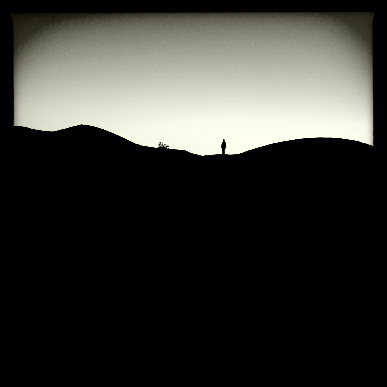 praying on the dunes in M'hamid El Ghizlane, Zagora (2015)