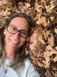 Corinna.Bio.Leaves.Resize.jpg