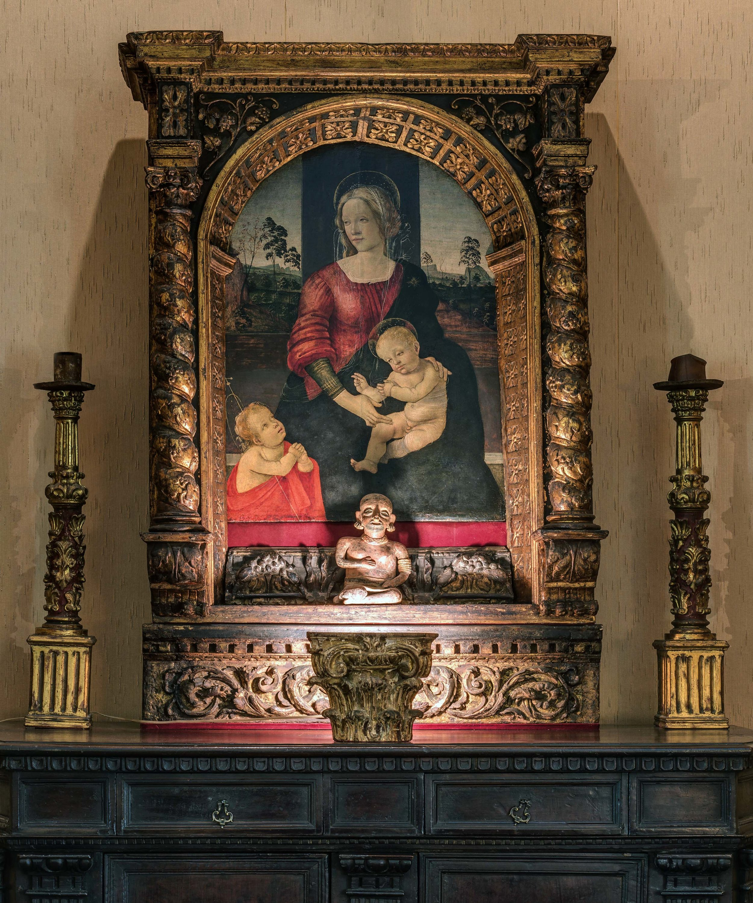 Círculo Mágico (Madona, Menino e São João Batista, Sandro Botticelli e Estatueta Feminina Pré-Colombiana, México)