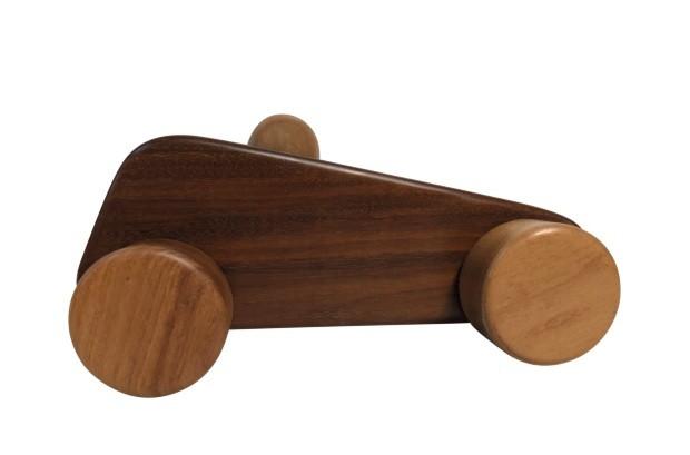Zanini de Zanine, brinquedo Nelson Pequi, homenagem a Nelson Piquet, na Herança Cultural