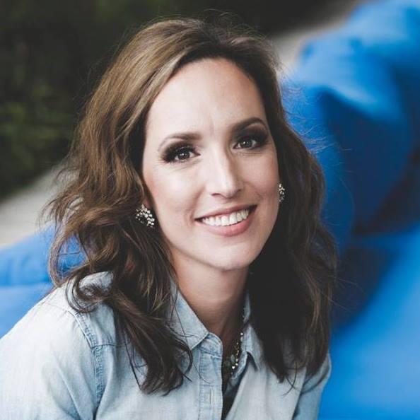 Stacey Lynn Author Photo.jpg