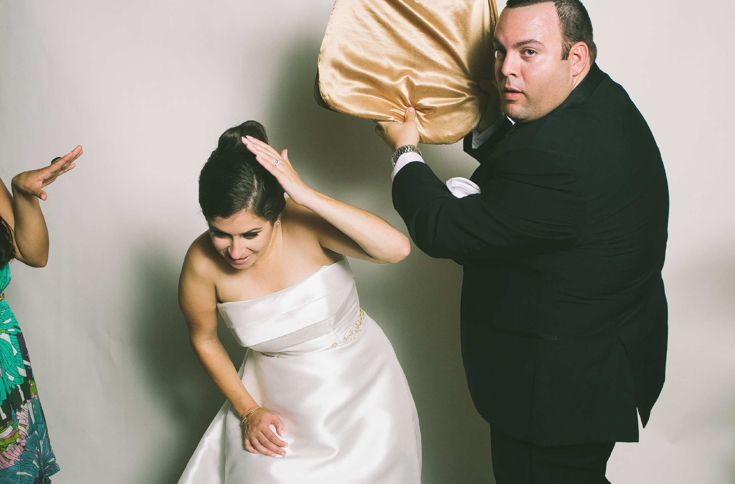 Marelys + Oscar Wedding Wackybooth Photobooth40.jpg