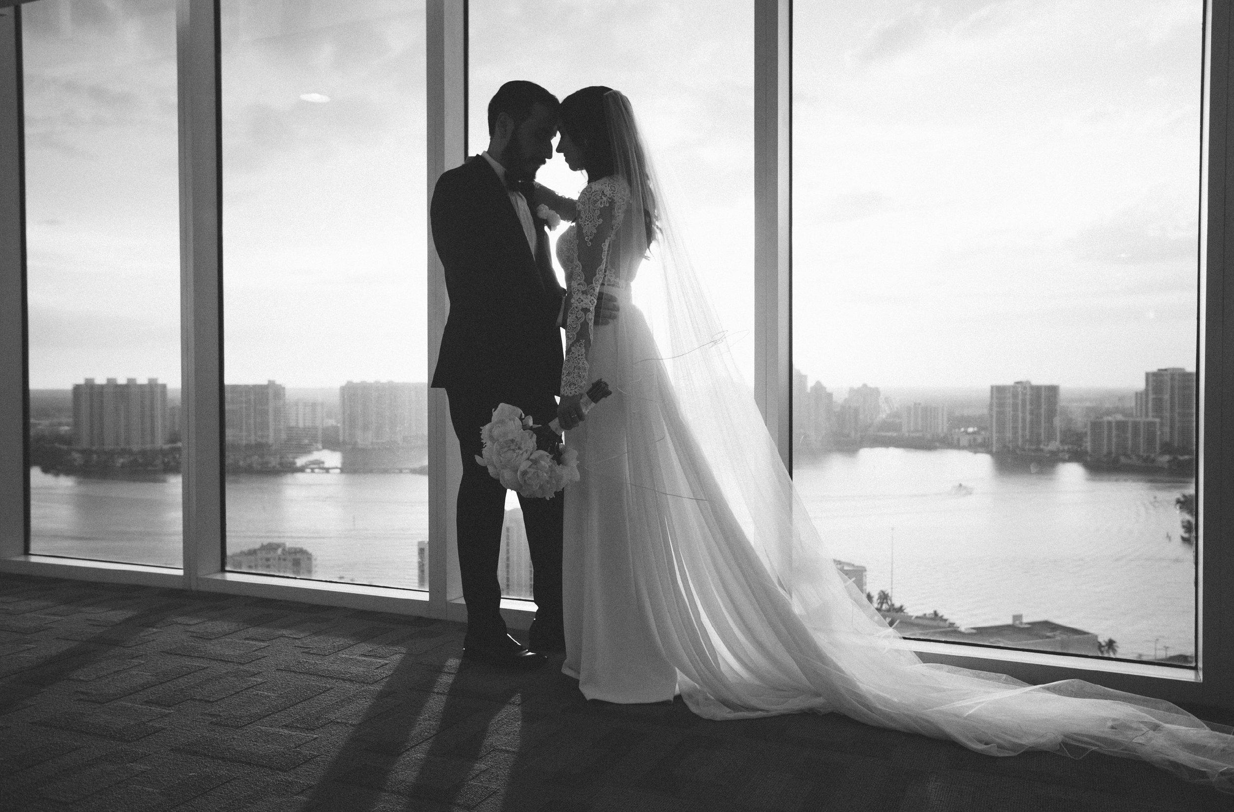Leah + Leon Trump International Beach Resort Wedding78.jpg