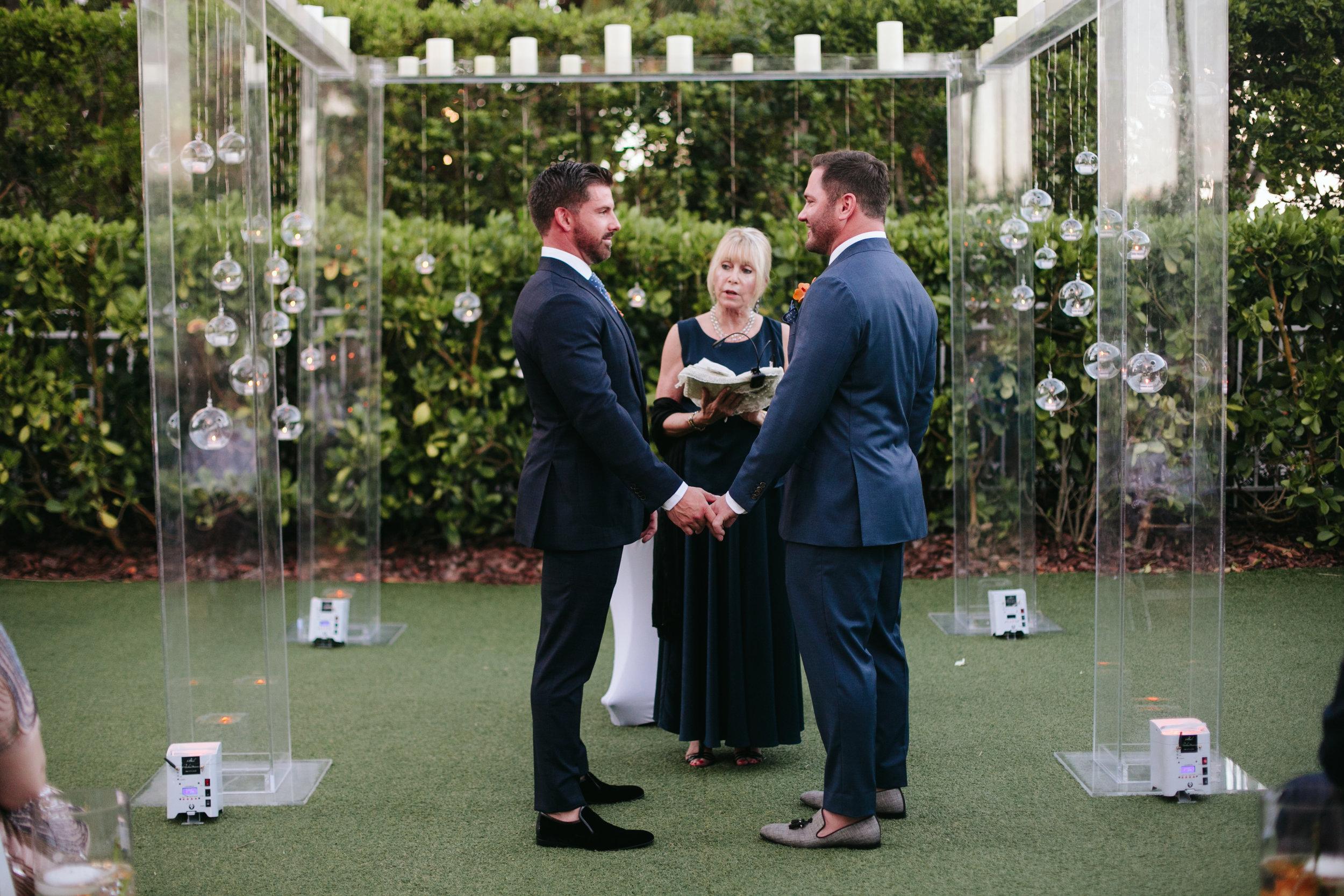 W South Beach Wedding (30).jpg