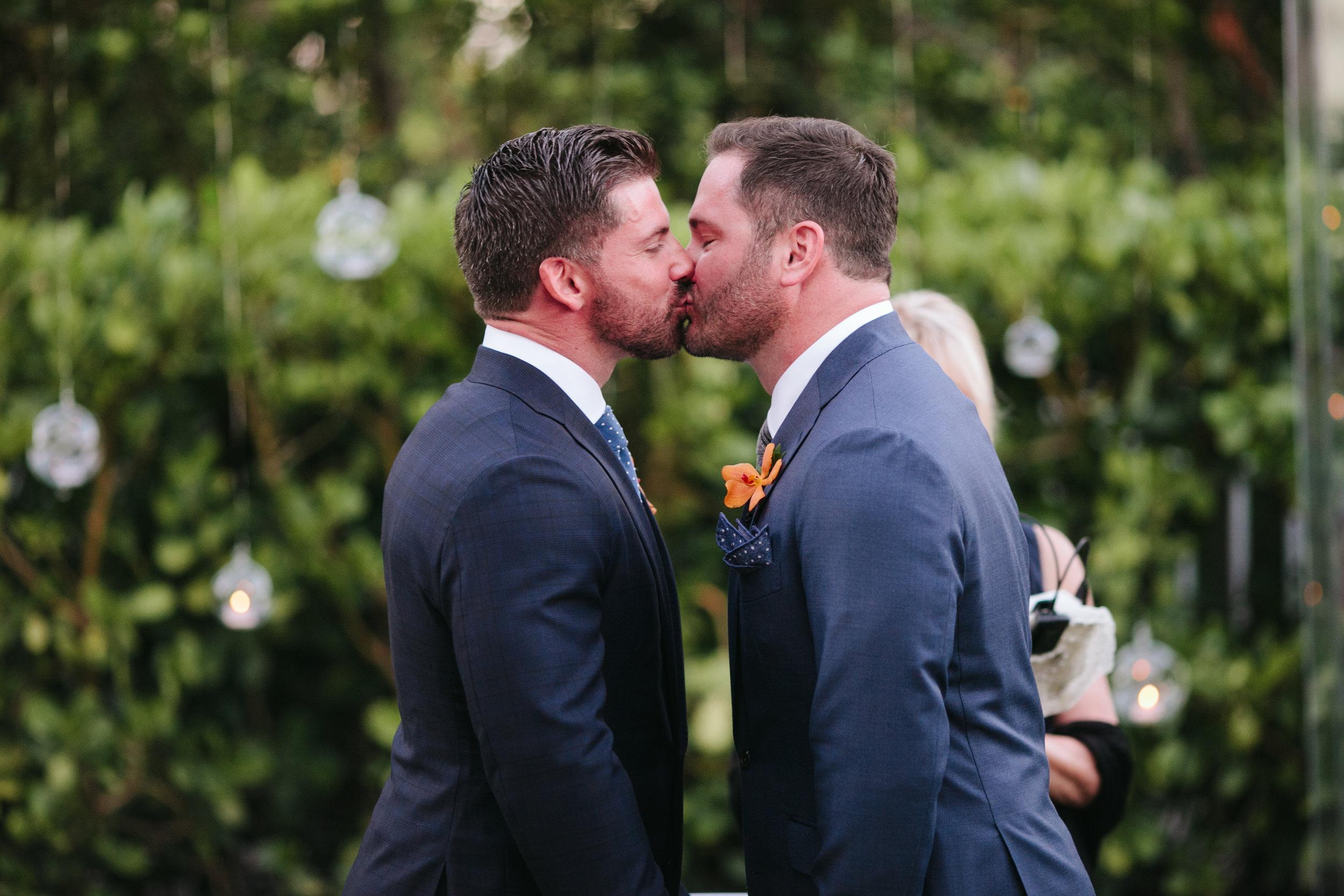 W South Beach Wedding (37).jpg