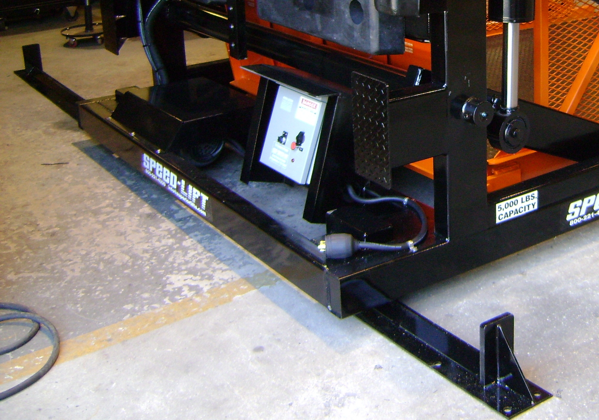 lateral track mobility SL5000 001.jpg