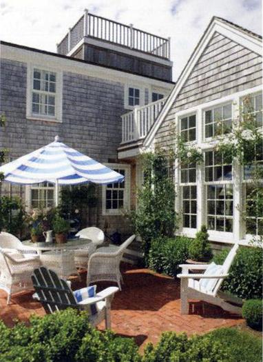 barnstable_courtyard.jpg