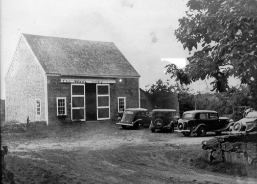 apccbarn_old photo_bw.jpg