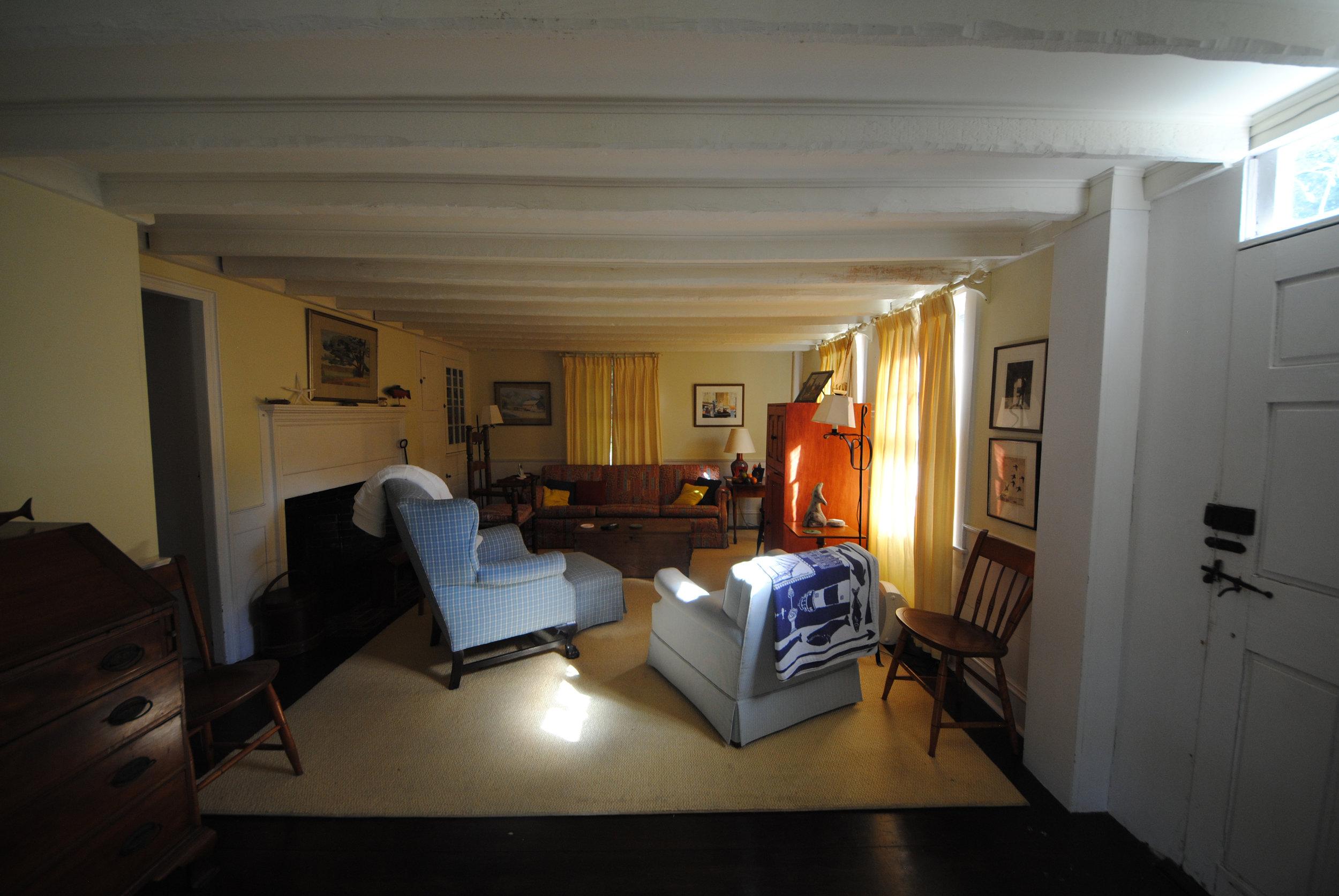 Living room renovation before