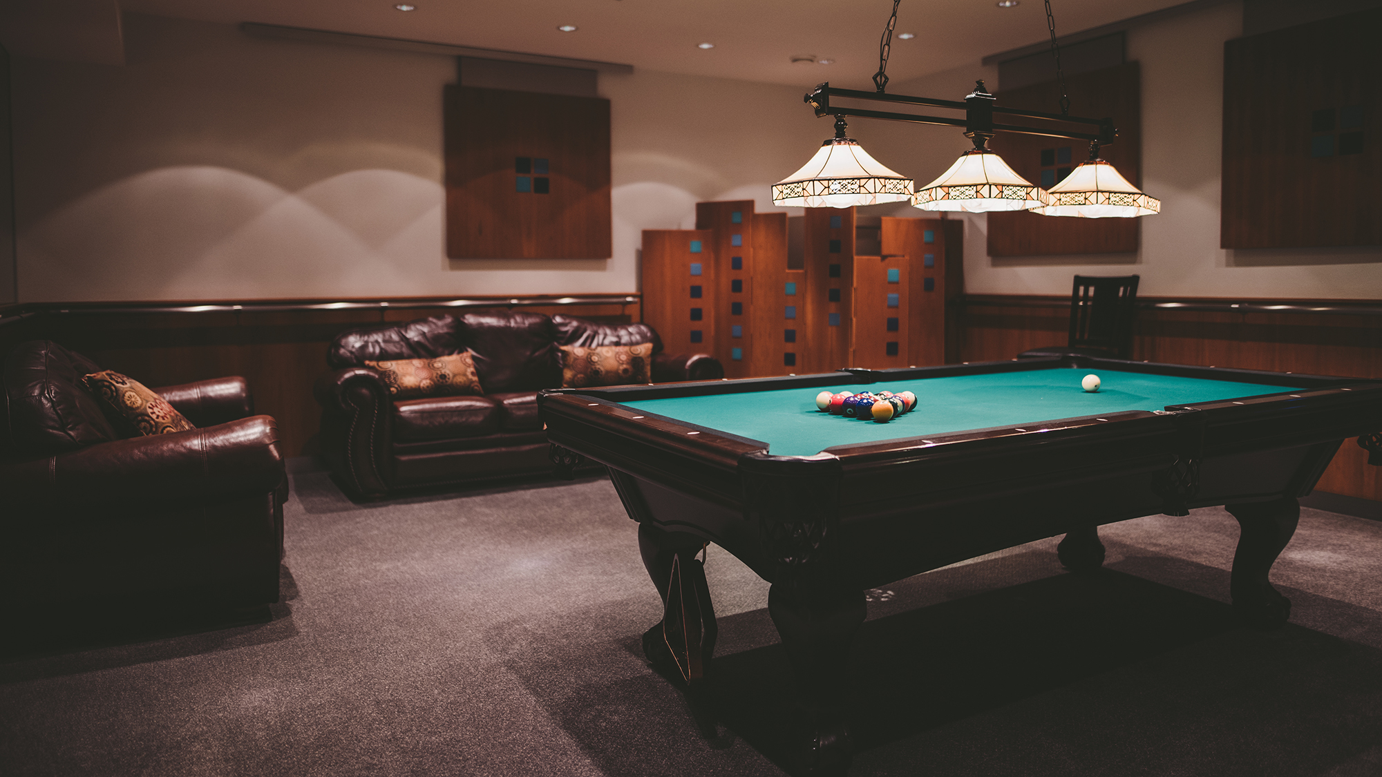 Creekside Villa Billiards Room