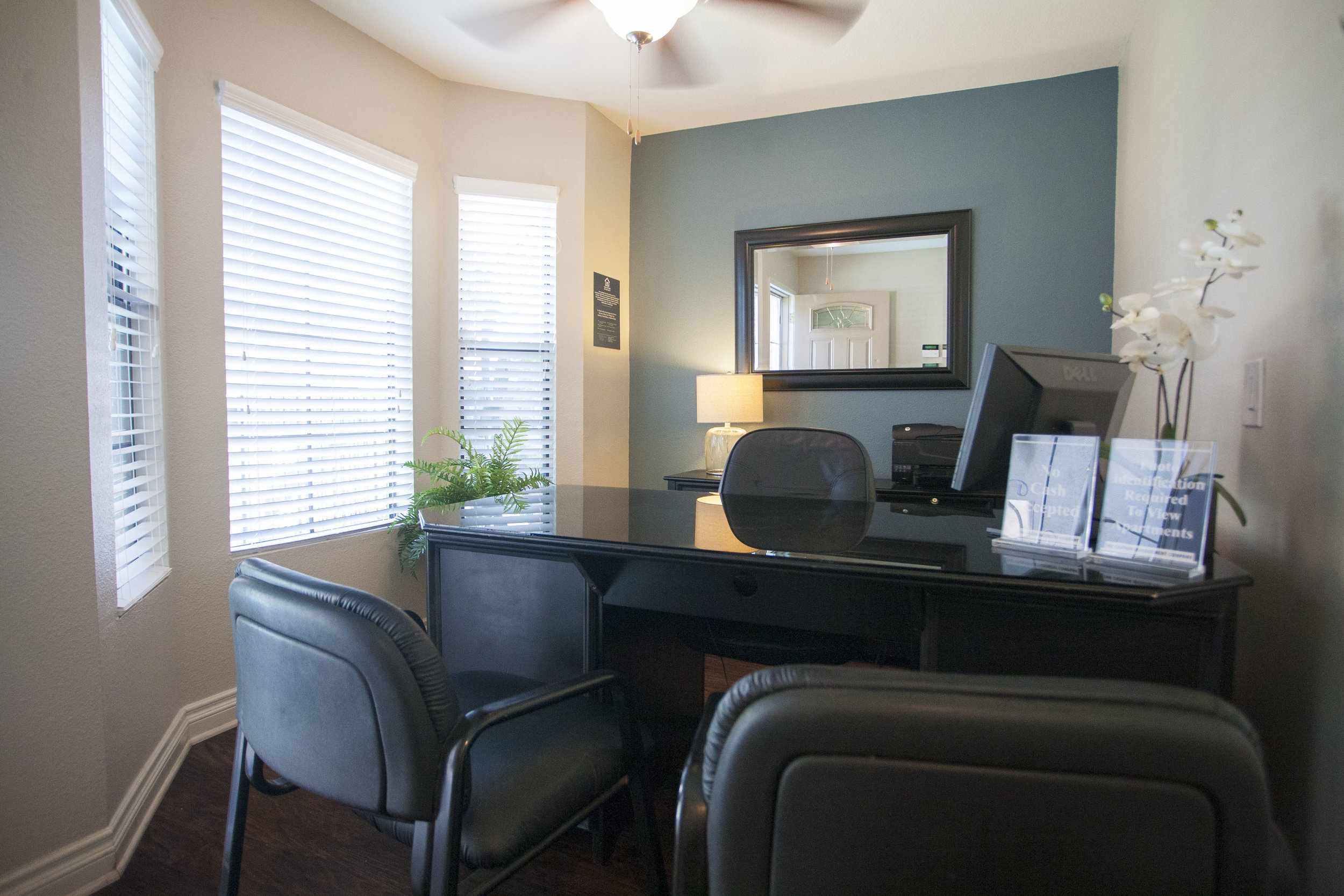 Leasing Office at Lakeview Village