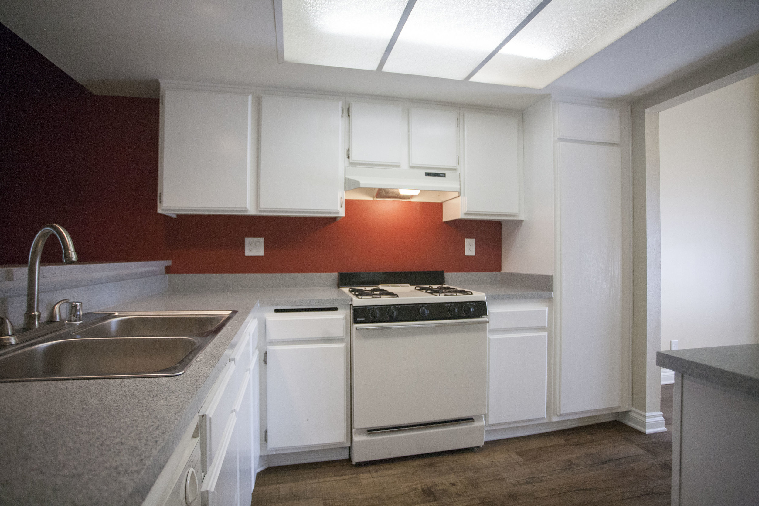 Kitchen at Lakeview Village
