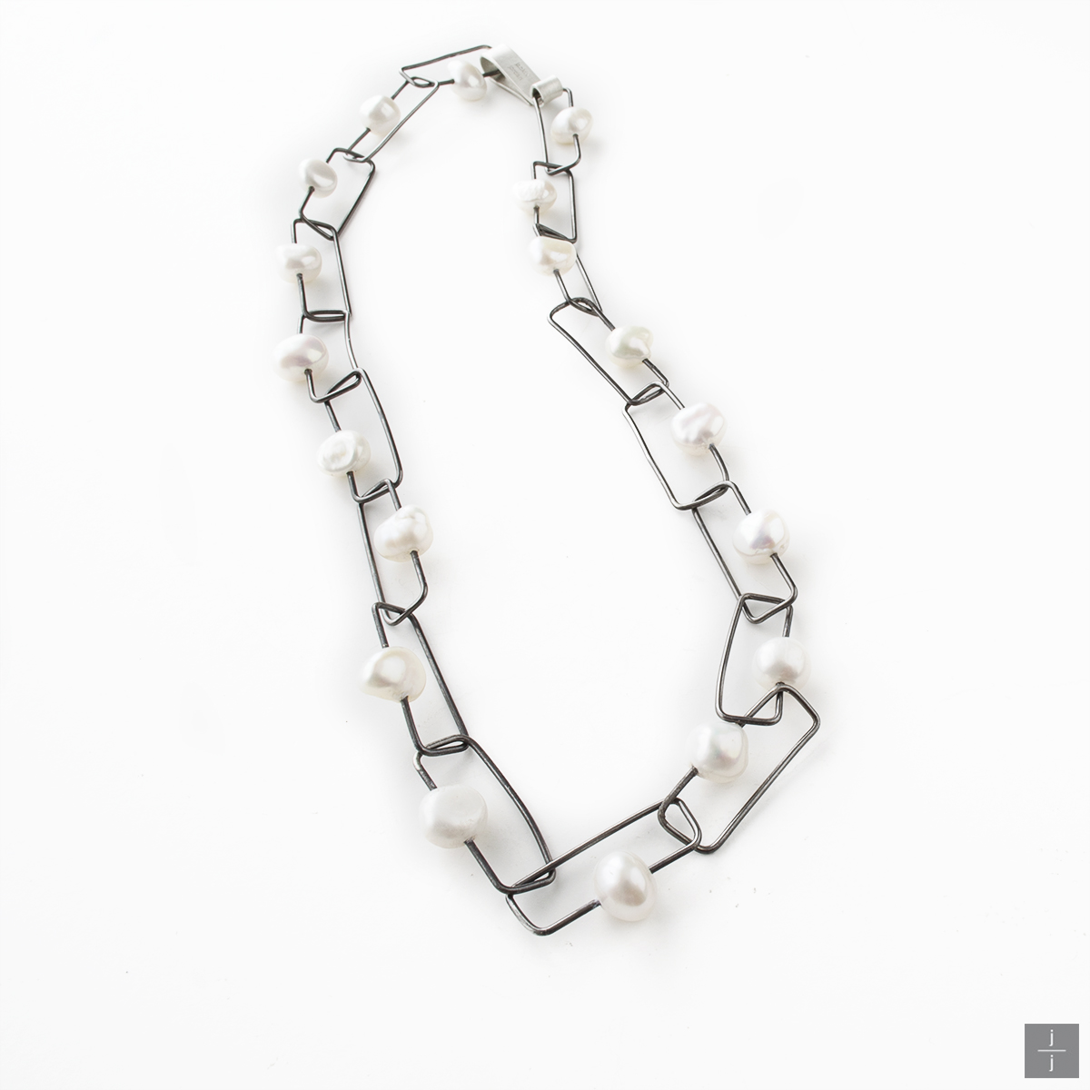 Pearl Connections Chain 2.jpg