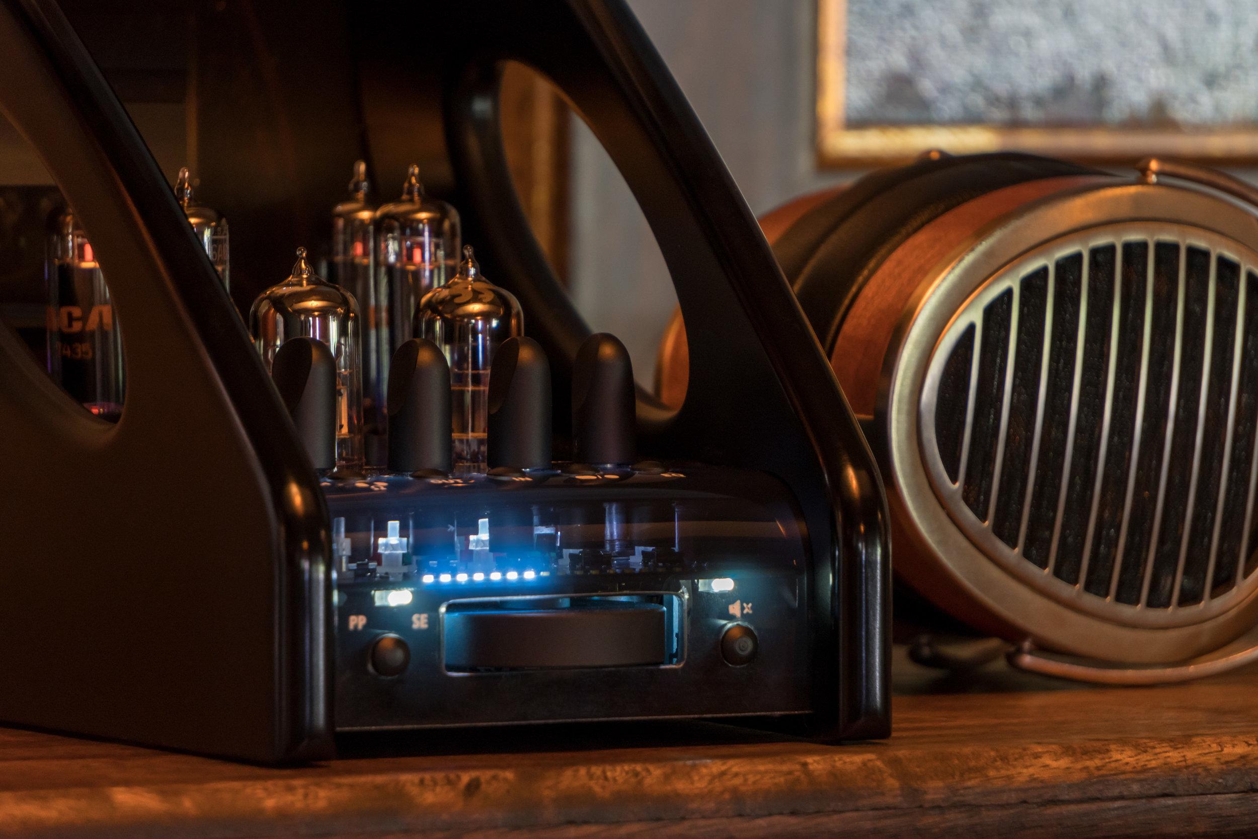 manley-absolute-headphone-2-3000px.jpg
