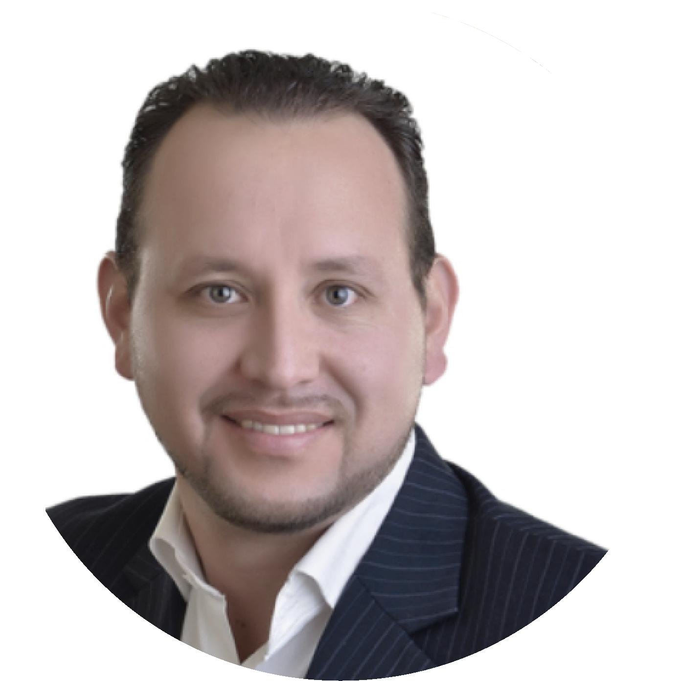 Leonardo Ramírez Sustaita - Maestro en Programación Neurolingüística e Inteligencia Emocional.Ha diseñado e impartido diplomados que contribuyan con los modelos de pensamiento actuales basados en Coaching Ontológico, PNL, Inteligencia Emocional y Neurociencias.Coordinador de especialistas del área de mantenimiento de fundición en Volkswagen de México por 10 años.