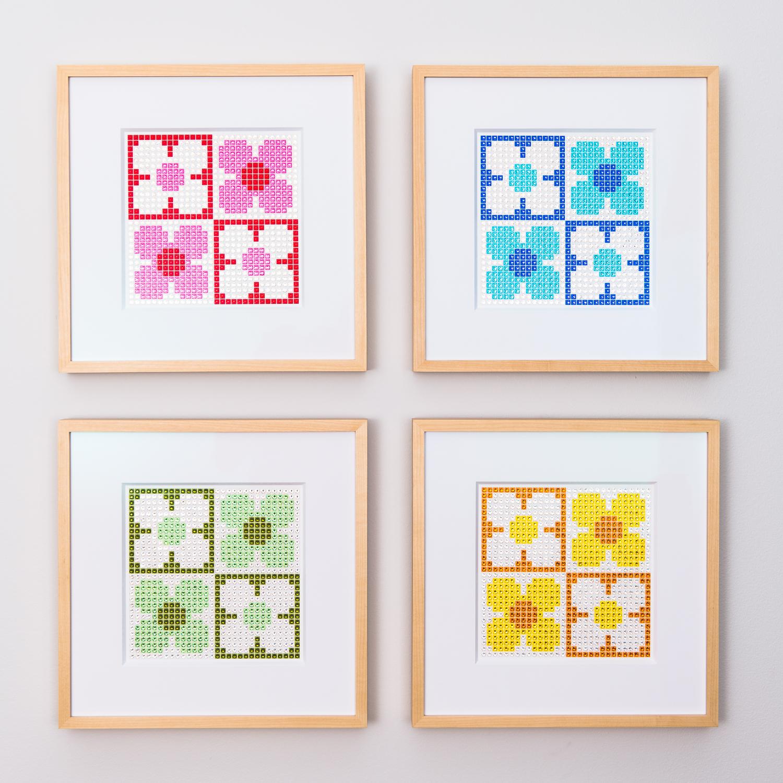 Retro Daisies Small - Colorful, Cheerful, Very Retro