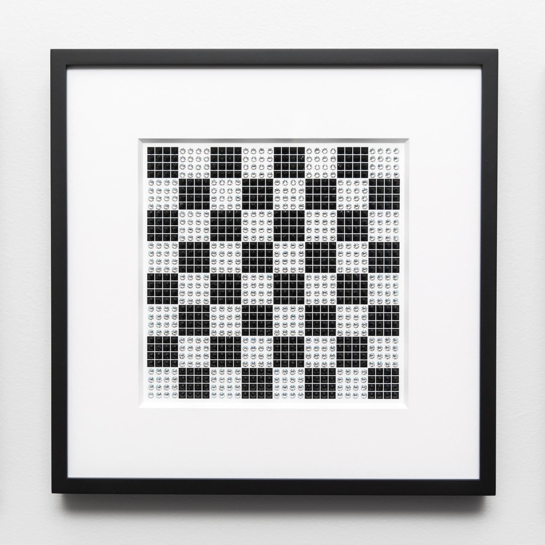 Fractal Checker Medium in black and white