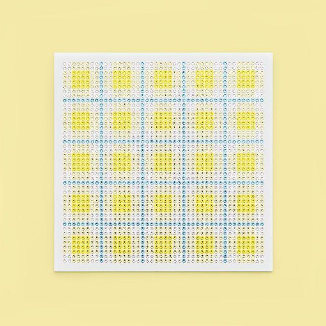 Madras Plaid Lemon Yellow Photo by @goneserious . . . #geometric #geometricart #mixedmediaart #collage #crystalart #crystalcollage #crystalmosaic #Swarovski #Swarovskicrystals #Swarovskiart #Swarovskimosaic #gridart #geometric #geometricart #mixedmediaart #gridart #plaid #textilepattern #madrasplaid #plaidart #printedbyskinkink