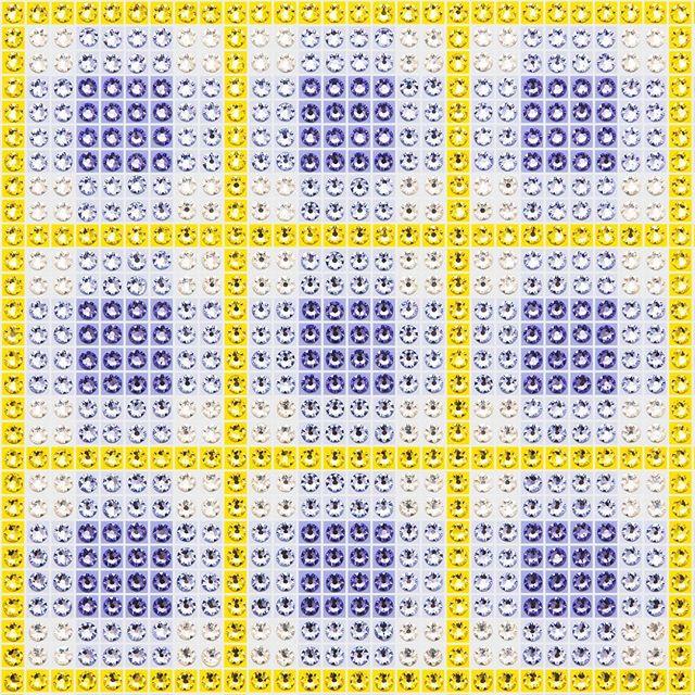 Madras Plaid Blue-Violet (close-up) Photo by @goneserious . . . #geometric #geometricart #mixedmediaart #collage #crystalart #crystalcollage #crystalmosaic #Swarovski #Swarovskicrystals #Swarovskiart #Swarovskimosaic #gridart #geometric #geometricart #mixedmediaart #gridart #plaid #textilepattern #madrasplaid #plaidart #PrintedBySkinkInk