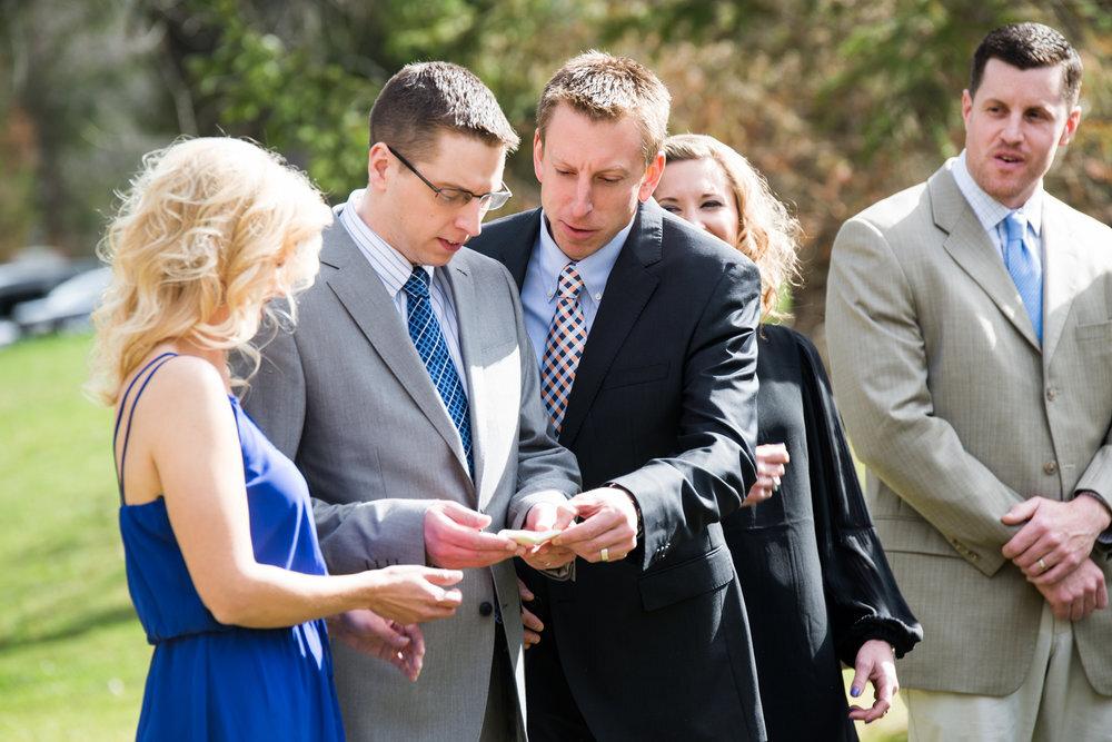 Microwedding ceremony family speeches