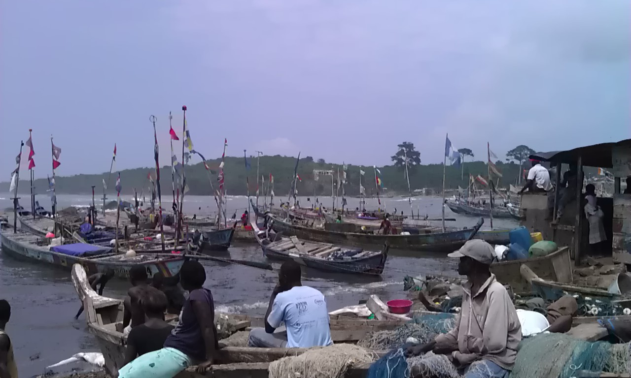 Dixcove, Ghana fishing harbor.jpg